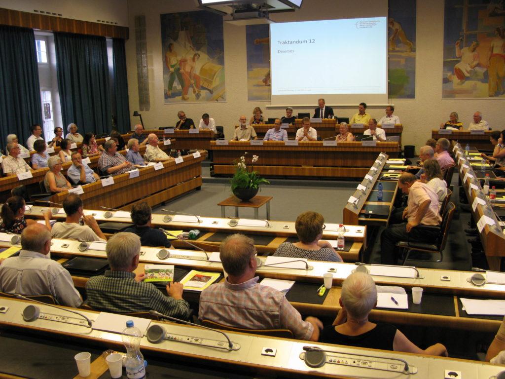 Mit der von der Synode beschlossenen neuen Mitgliederdatenbank werden die Baselbieter Kirchgemeinden ab 2021 ihre Mitgliederdaten direkt vom kantonalen Personenregister «arbo» und nicht mehr von der jeweiligen Einwohnergemeinde beziehen. | © Christian von Arx