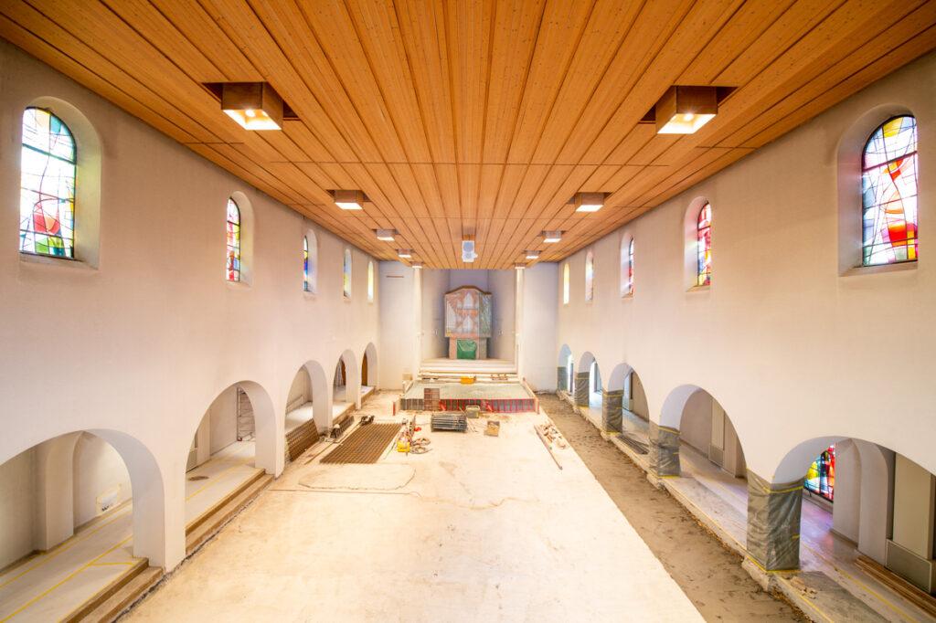 Blick in den Innenraum zu Beginn der Umgestaltung. | © zVg